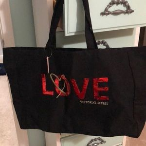 New with tags Victoria Secret bag